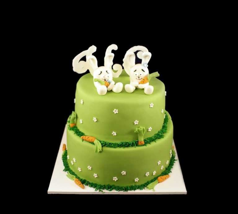 Свадебный торт с зайчиками