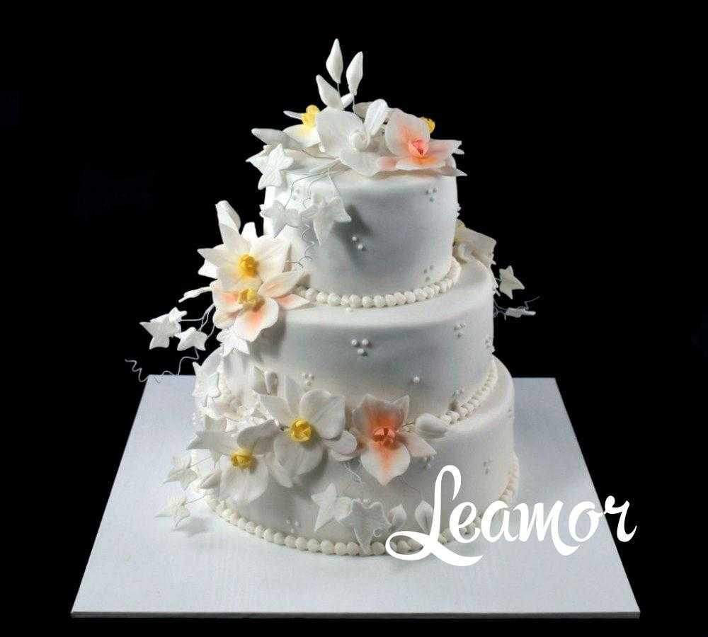 Свадебный торт цветочный вихрь