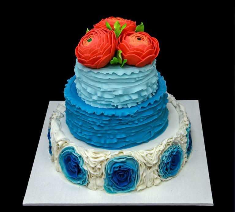 Голубой свадебный торт